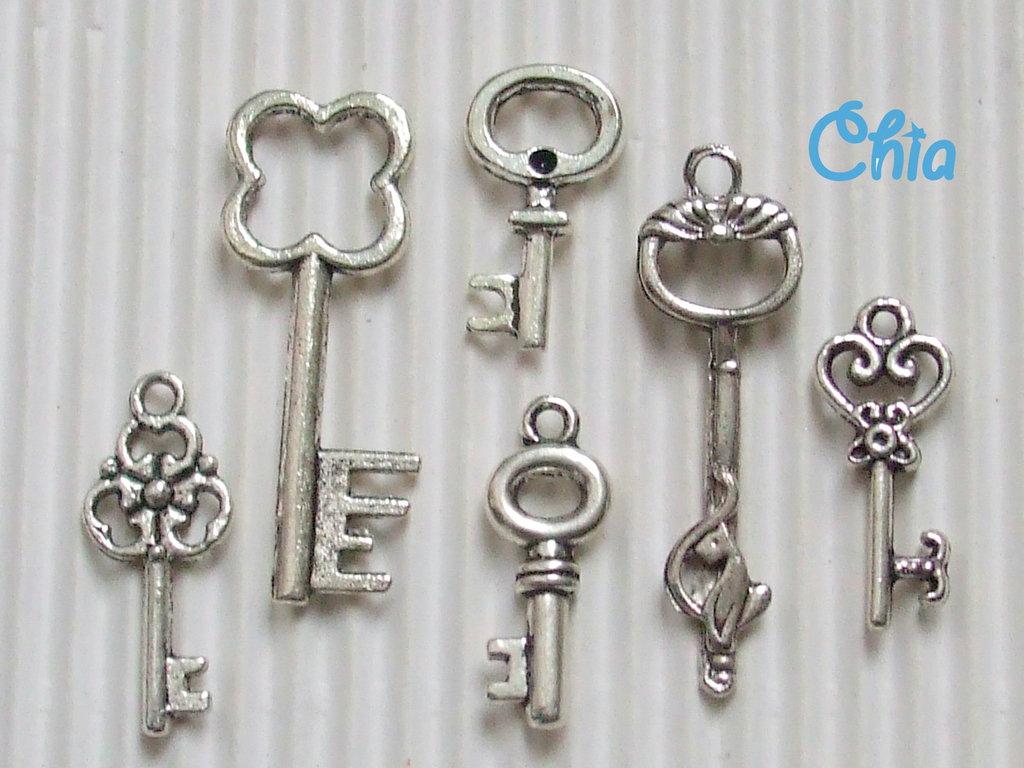 lotto 6 charms chiavi miste