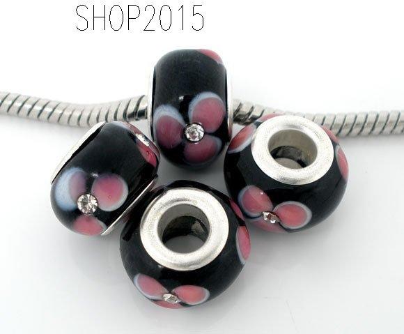 perla con fiore  rosa e punto strass bianco a foro largo tono nero 14x8 mm