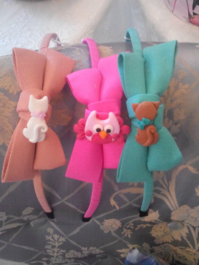 Cerchietti colorati decorati in fimo