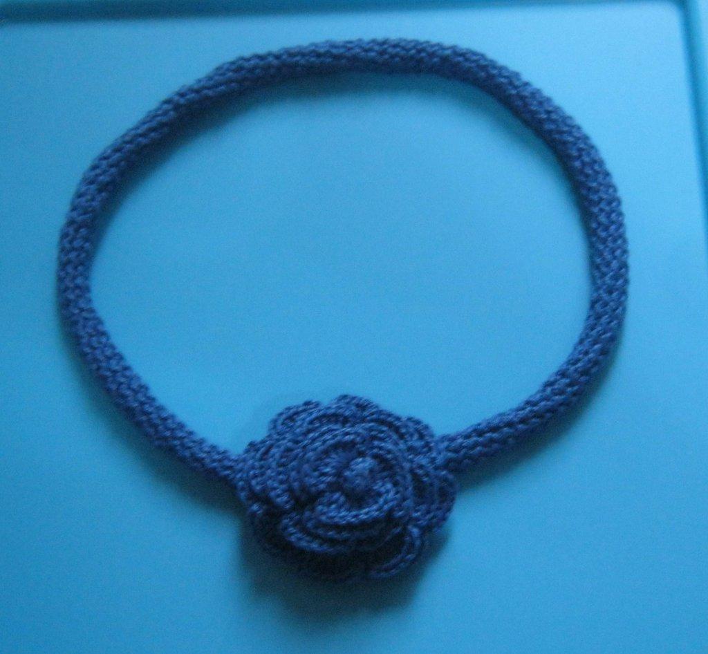 collana  blu in cotone