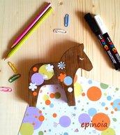 Cavallo decorativo in legno