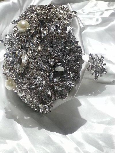 *Scintillante Spilla Bouquet...Bouquet Argento da Sposa*