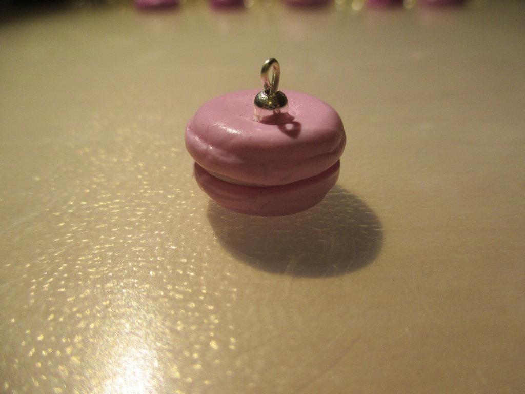 Ciondolo in fimo rosa stile macaron
