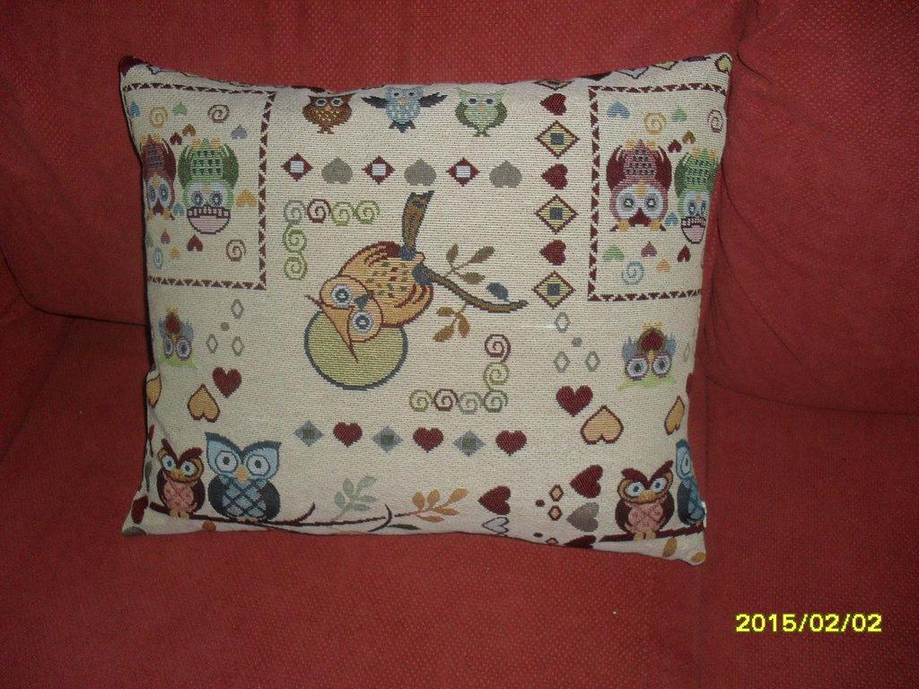 cuscino piume con fantasia di gufi e cuori