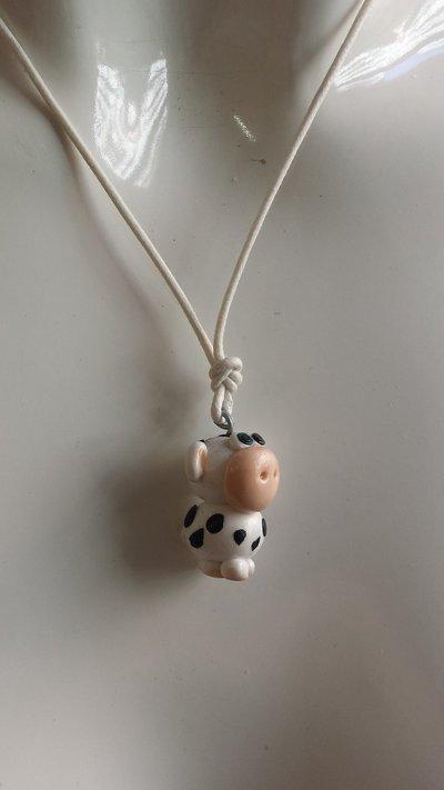 """collana corta,ciondolo mucca serie """"tiny pets"""""""