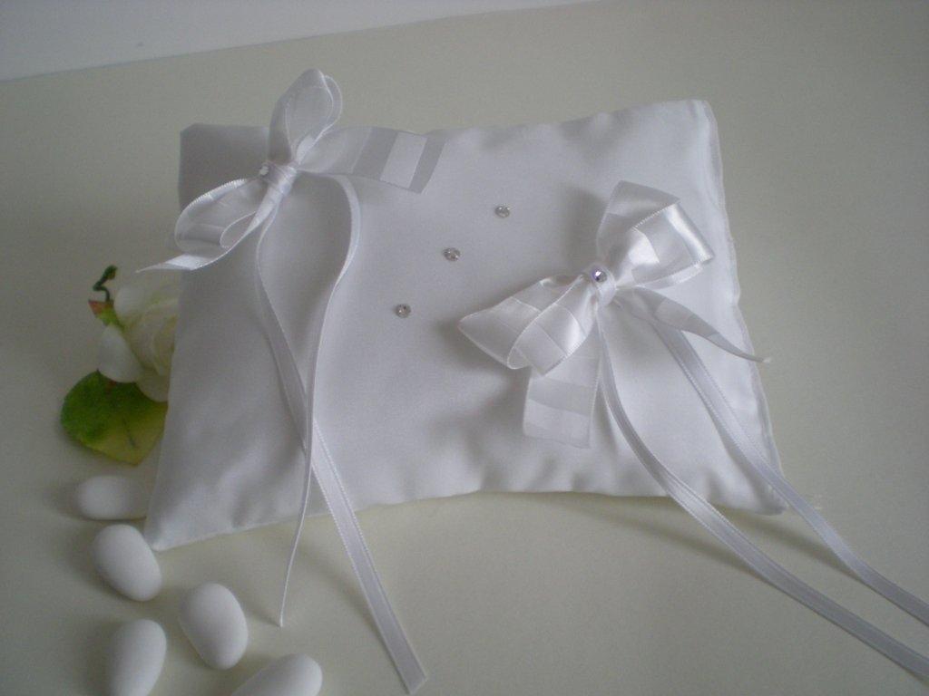 Cuscino portafedi taftà bianco