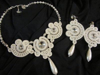 Collana da sposa realizzata con la tecnica soutache