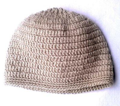Cappello uncinetto crema
