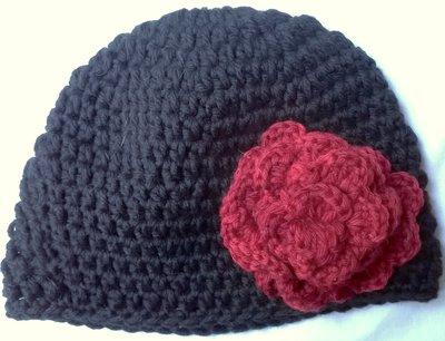 Cappello viola uncinetto