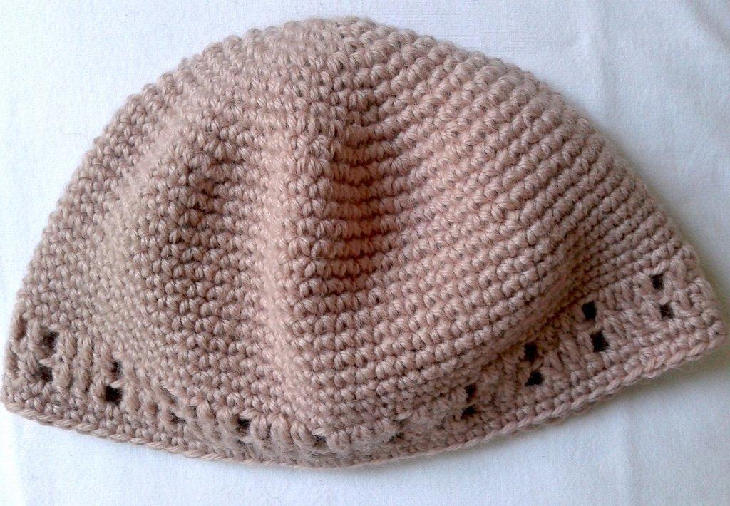 Cappellino baby uncinetto