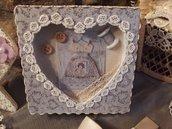 Scatola in legno decorata a mano