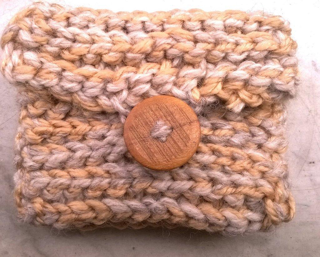 Bustina in lana