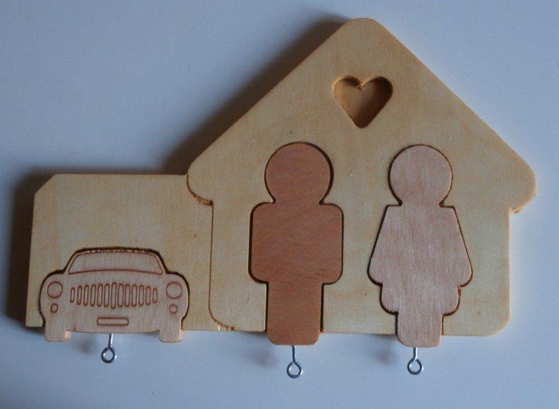 Portachiavi da parete in legno