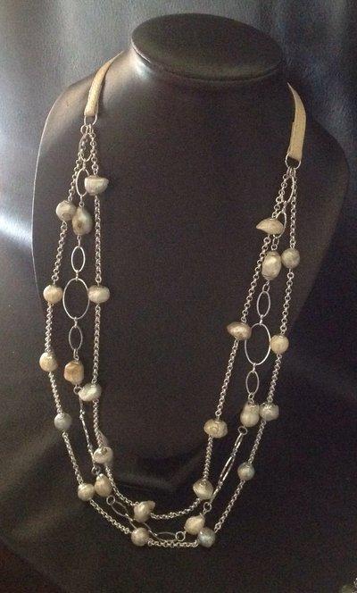 Collana multifili con perle barocche
