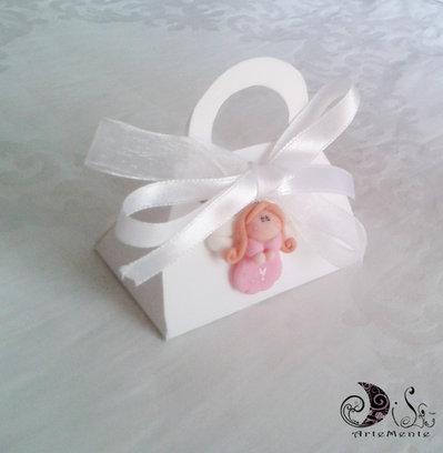"""Bomboniera comunione angelo ciondolo """"lui e lei"""" con scatolina portaconfetti"""