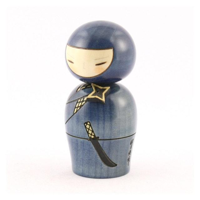 Bambola giapponese - Kokeshi, Ninja- A390017
