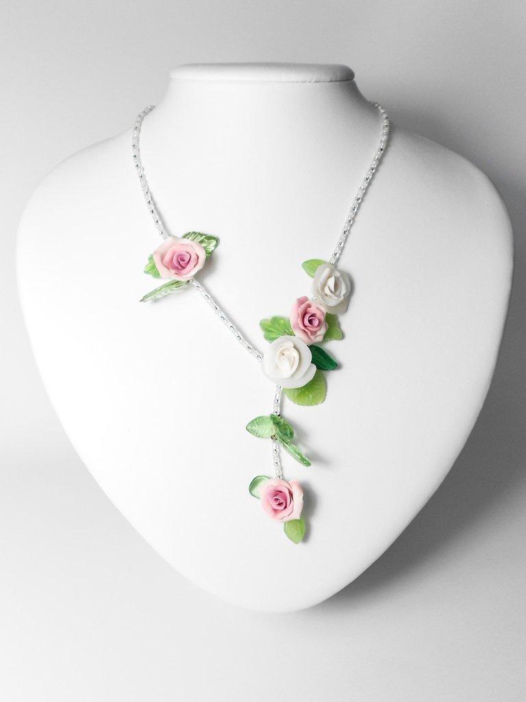 Collana con perline in vetro Rose 02