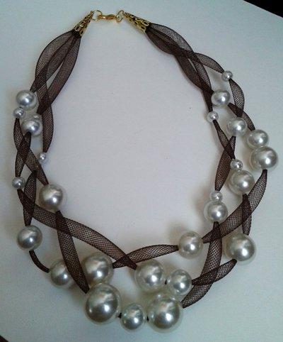 Collana leggerezza marrone con perle