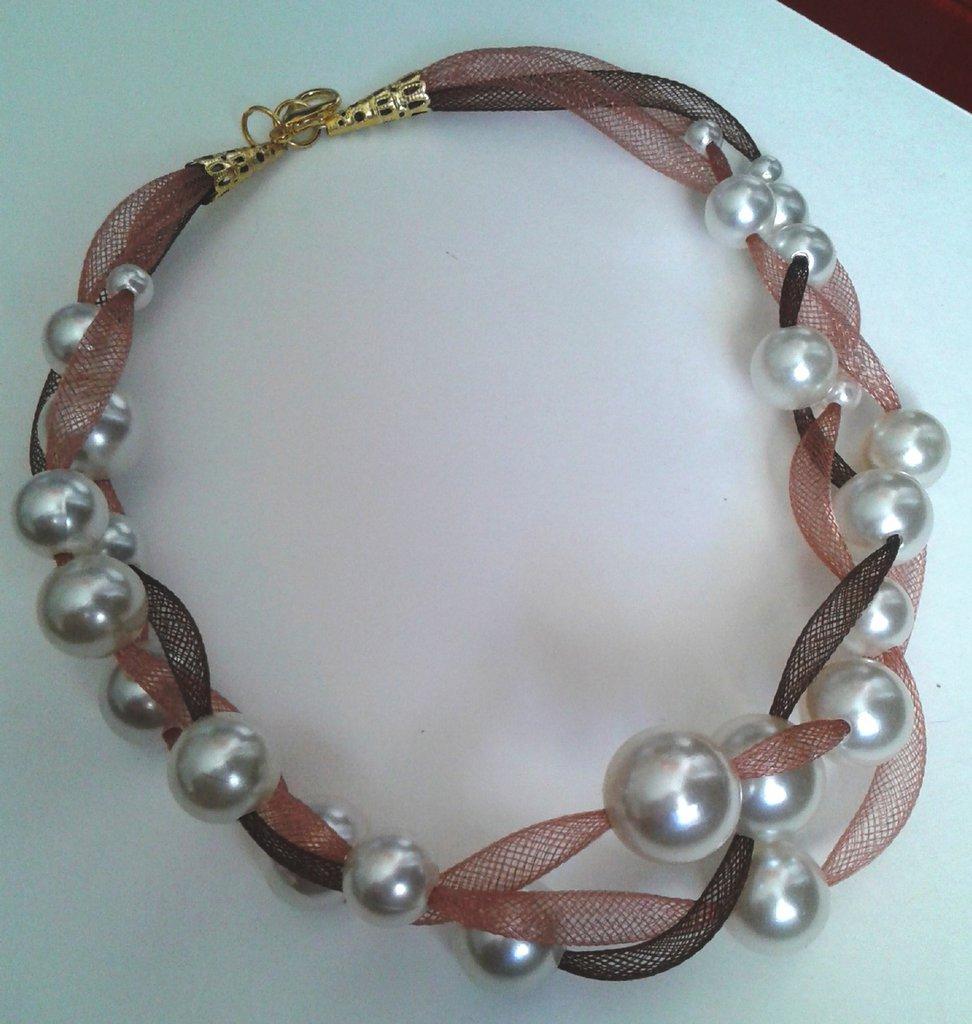 Collana leggerezza marrone e rosa antico con perle