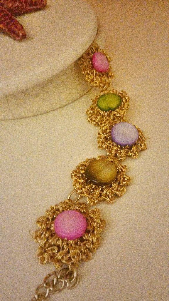 Bracciale oro e pietre colorate