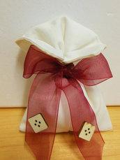 sacchetto di cotone beige e bianco