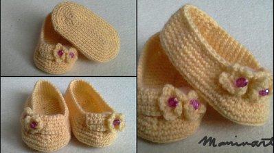 scarpine gialle da bambina con fiorellini