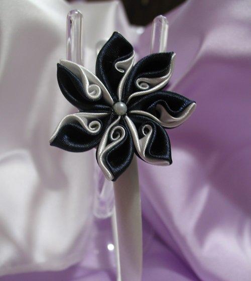 Cerchietto in raso bianco decoro fiore kanzashi Linea Blue Chic