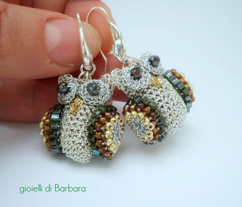 orecchini a forma di gufetti