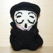 """Portachiavi uncinetto amigurumi """"V per Vendetta"""" Guy Fawkes"""