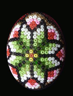 uova con le perline