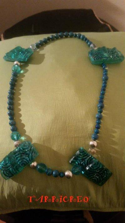 Collana IRIDE - Collana realizzata con filo in metallo morbido e con inserzioni di pietre