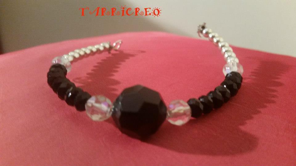 Bracciale DEMETRA - Bracciale con filo in metallo morbido e con inserzione di pietra dura nera