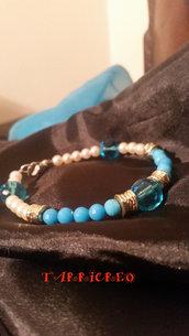 BRACCIALE CALLIOPE -metallo morbido/perline azzurre e bianche