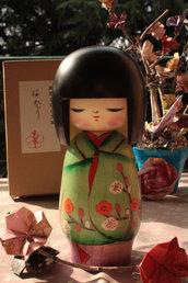 Bambola giapponese, Kokeshi Umematsuri - A490269