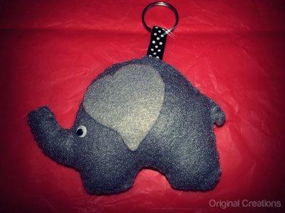 Elefante in feltro