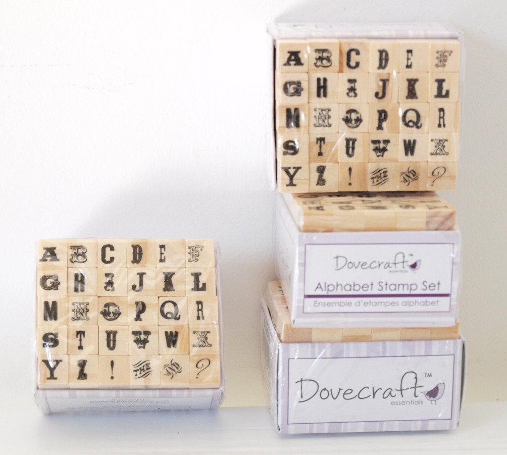 Set 30 timbri in legno - Alfabeto M