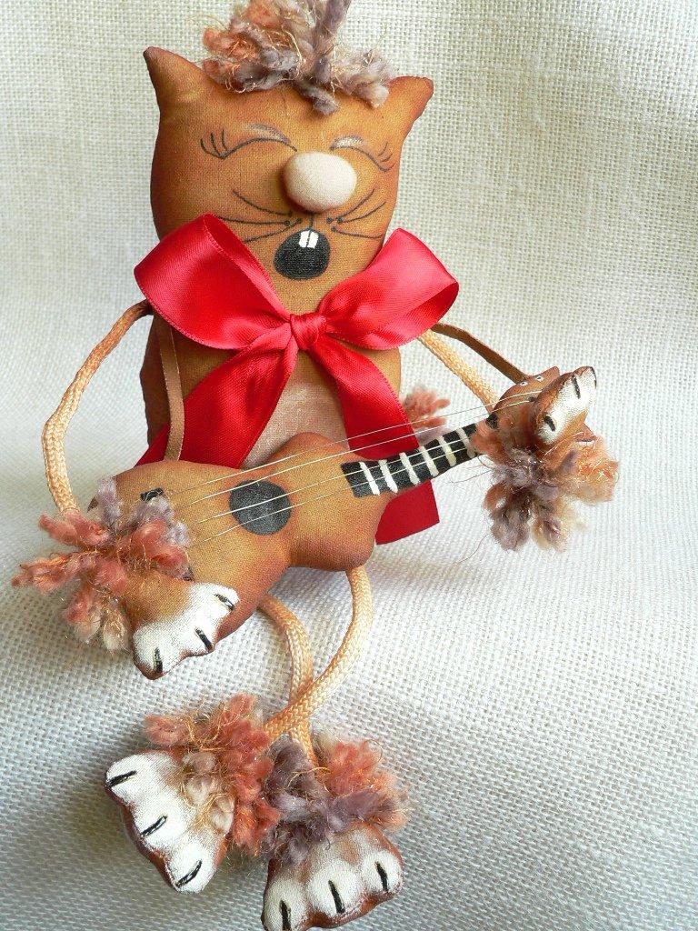 Gatto con la chitarra, fatto a mano *VENDUTO*