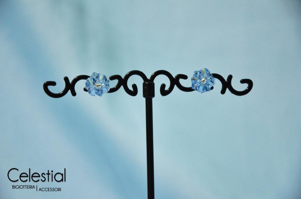 Orecchini a Perno - Light Sapphire