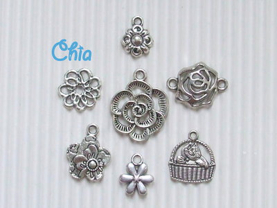 set 7 charms fiori misti lotto n°1