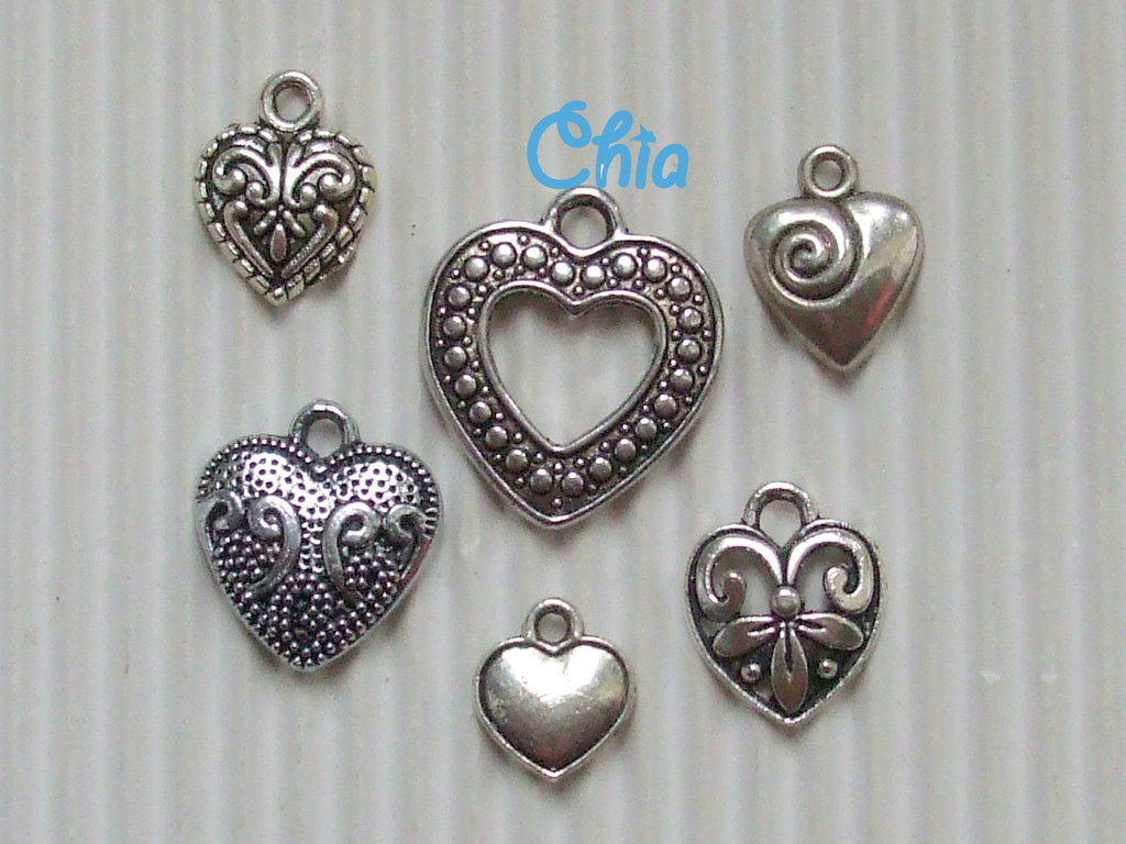 set 6 charms cuori misti