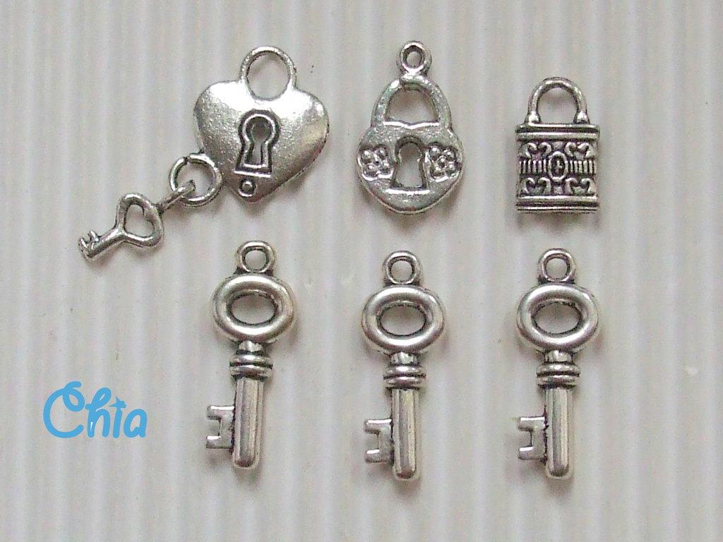 lotto 6 charms chiavi e lucchetti