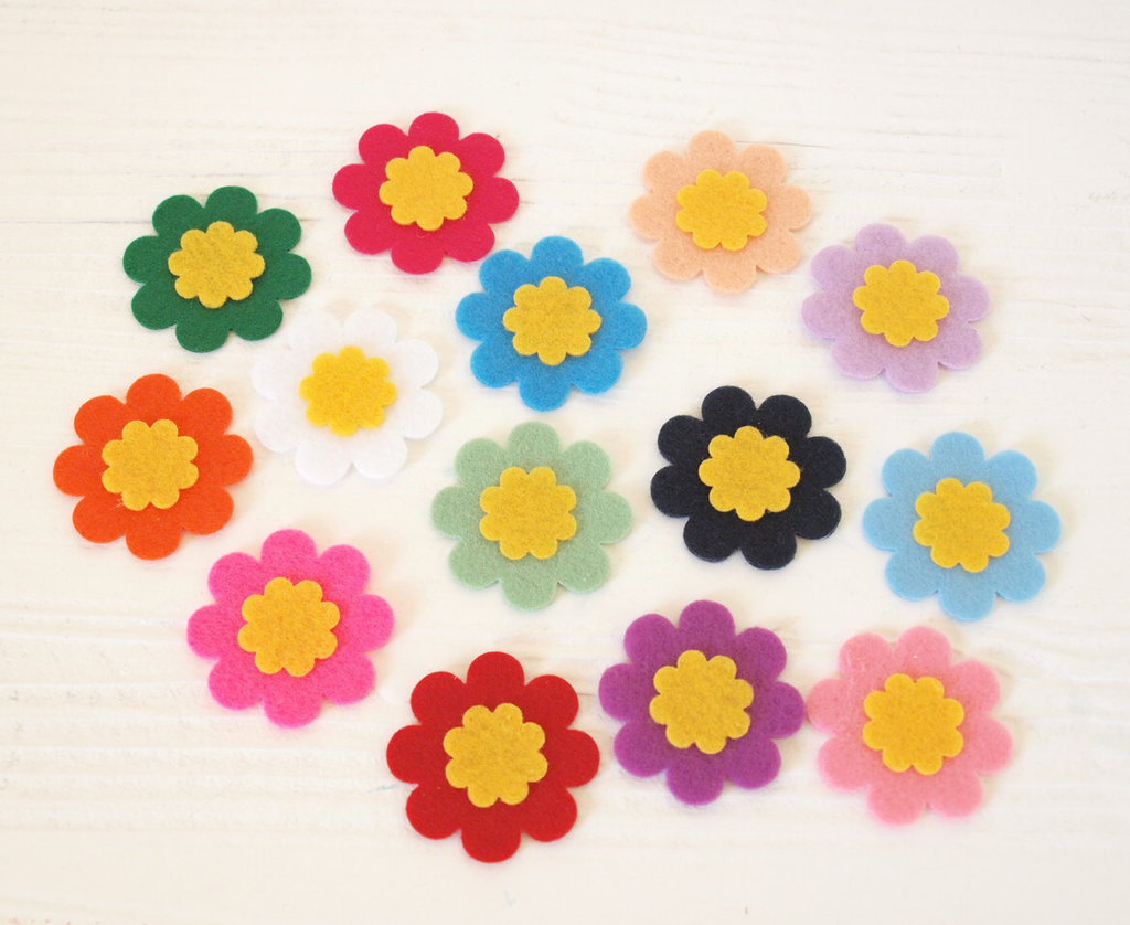 Mix 10 fiori fustellati in pannolenci - 42 mm
