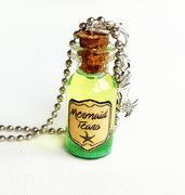 Collana con pendente a bottiglietta: Lacrime di sirena