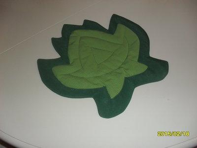 Sottopentola cotone verde a forma di foglia