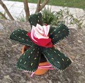 cactus in feltro agave con fiore rosa bicolore