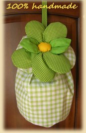 Porta buste in stoffa a quadri verde con fiore imbottito verde a pois