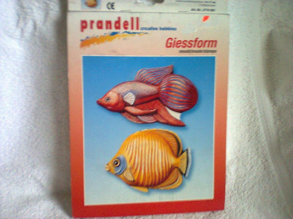Stampo in plastica alimentare pesci.