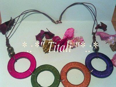 Collana anelli colorati
