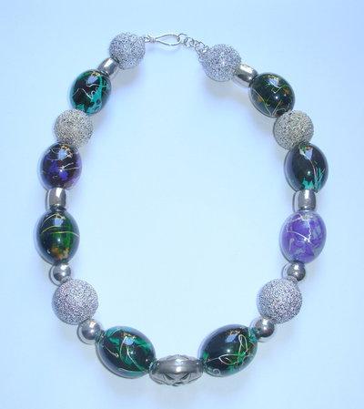 collana perle argentate e multicolor