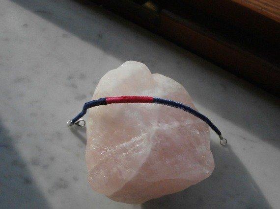 Braccialetto in macramè di cotone sfumato, a nodo piccolo